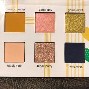 Eyeshadow palette Tetris Ipsy palette